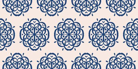 Oriental vector damask pattern. Talavera pottery. Azulejos portugal. Turkish ornament. Spanish porcelain. Ceramic tableware, folk print. Ethnic background. Mediterranean wallpaper.  Talavera pottery. Banque d'images - 131673083