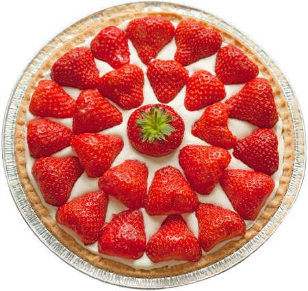 Homemade strawberry cheese cake isolated on white. Standard-Bild
