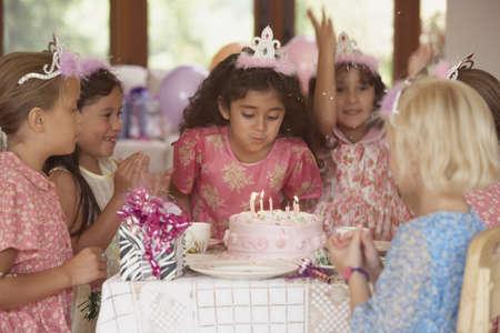 kids birthday party: Girls at birthday party