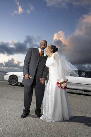 honeymooner: Los reci�n casados ??riendo juntos LANG_EVOIMAGES
