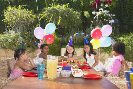 childs birthday party: Childs birthday party outdoors LANG_EVOIMAGES