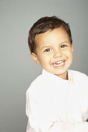 native american baby: Studio shot of young boy smiling LANG_EVOIMAGES