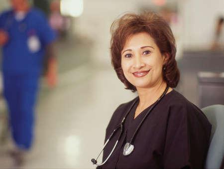 seres vivos: Retrato de una doctora sonriente LANG_EVOIMAGES