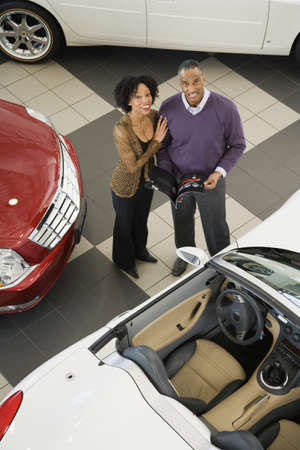 flogging: Couple buying a car
