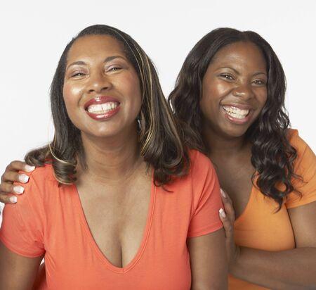 Studio, coup, africaine, mère et fille adulte sourire Banque d'images - 35545841