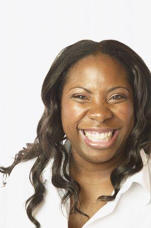 Studio photo de la femme africaine sourire Banque d'images - 35545850