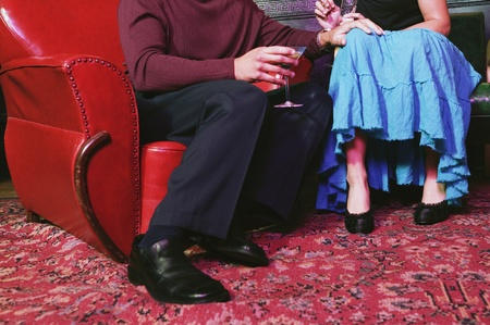 alehouse: Couple holding cocktails LANG_EVOIMAGES