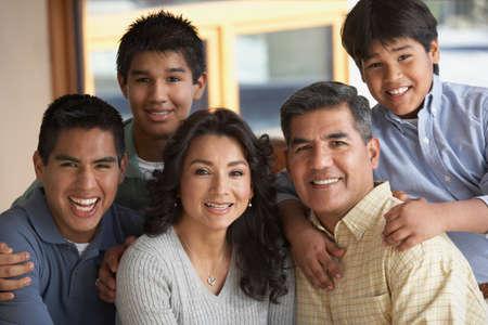 portrait: Portrait of Hispanic family LANG_EVOIMAGES