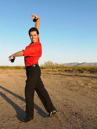 danseuse de flamenco: Hispanique homme danseuse de flamenco pose