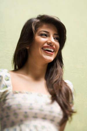 femme qui rit: Femme indienne rire