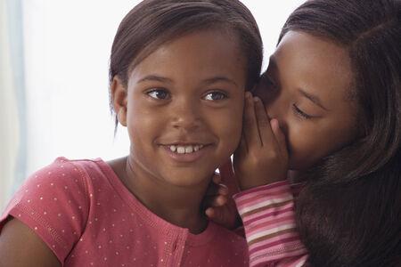 niños negros: Hermanas afroamericanas dicen secreto