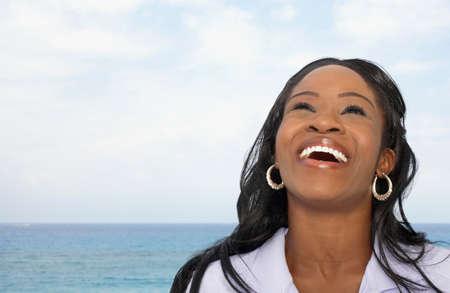 femme qui rit: Femme africaine am�ricaine rire
