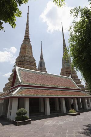 Spires of Phra Chedi Roi cloister 写真素材