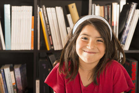 Smiling Hispanic girl 스톡 콘텐츠