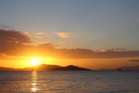 Badplaats Turgutreis en spectaculaire zonsondergangen Stockfoto