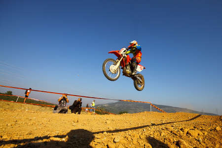 Bodrum, Turkey, 07 November 2015: The 6. leg races  of Turkey Enduro Championship has been made by the organization of Turkey Motorcycle Federation. Foto de archivo - 161467586