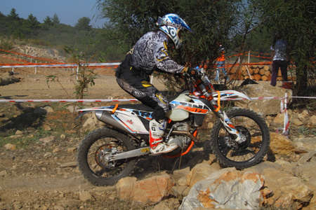 Bodrum, Turkey, 07 November 2015: The 6. leg races  of Turkey Enduro Championship has been made by the organization of Turkey Motorcycle Federation. Foto de archivo - 161467636