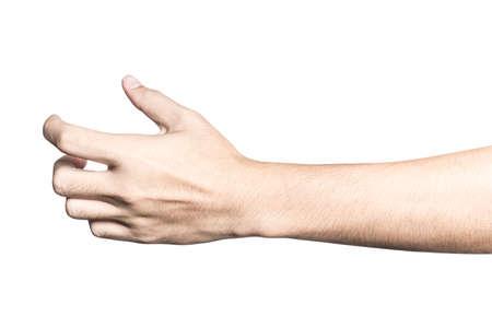 Gros plan sur la main tenant quelque chose comme une bouteille ou une boîte isolée sur fond blanc avec un tracé de détourage.