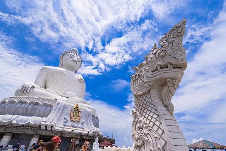 Phuket, Thailand - March, 31, 2019 : Phuket Big Buddha Amazing Massive white marble Buddha statue, the famous tourist attraction on top of hill in Phuket, Thailand Redactioneel