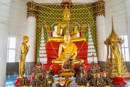 Chachoengsao, Thailand-June, 06, 2021: A beautiful Buddha sculpture situated in Wat Phrong-Akat at Chachoengsao Thailand. Редакционное