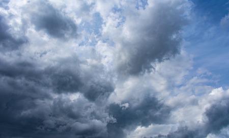 stormy cloud sky Stockfoto - 107000733