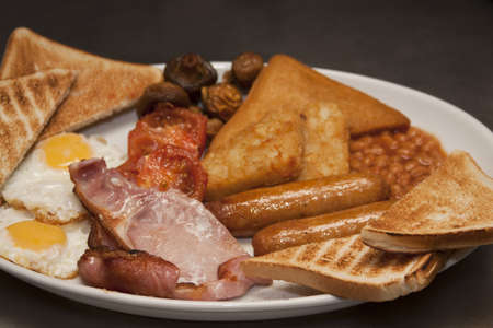 bacon baked beans: Traditional English breakfast