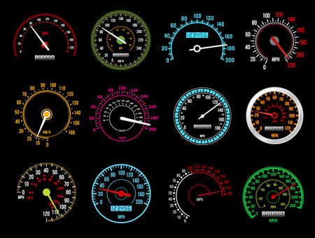 Speedometers, speed indicator vector dashboard dial scales for auto. Isolated car speedometers with km digits and arrows. Vehicle board realistic interface, speed accelerate, transportation technology Vektorgrafik