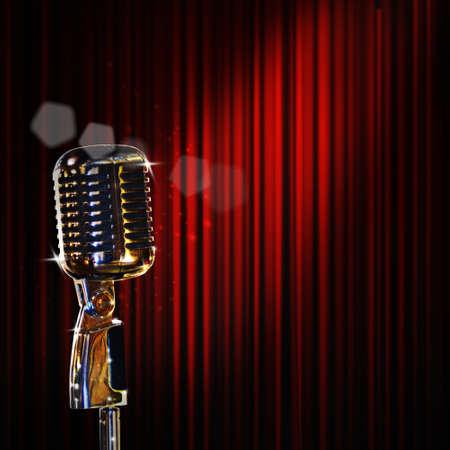 microfono antiguo: Micrófono retro y cortina roja