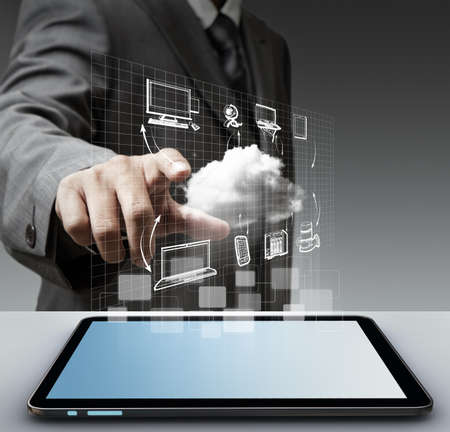 mano touch: business man mano tocco virtuale nube di rete concept Archivio Fotografico