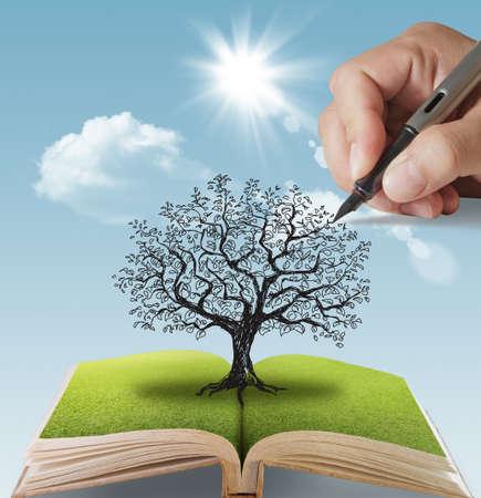 livre ouvert de la main, dessiné, le grand arbre