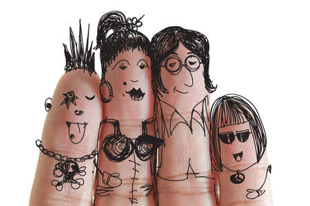 live entertainment: famiglia felice con verniciato smiley su dita umane vanno a concerti di musica