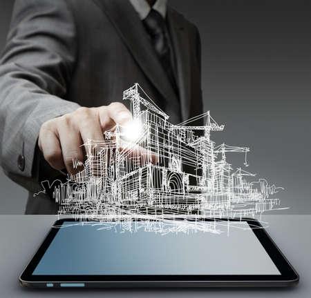 constructeur: Une image de constructeur dans un casque rad dessin avec un stylo Banque d'images