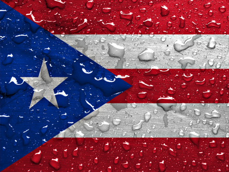 bandera de puerto rico: Bandera de Puerto Rico con las gotas de lluvia