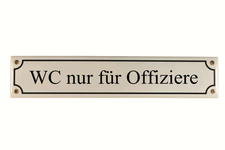 WC nur für Offiziere German Enamel Street Sign Stock Photo