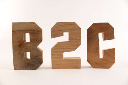 lettre: B2C text from wood letters Holz Buchstaben white Background straight