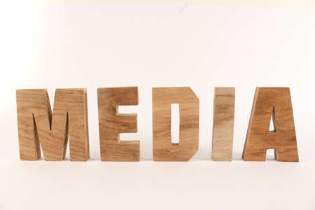 lettre: MEDIA text from wood letters Buchstaben white Background straight