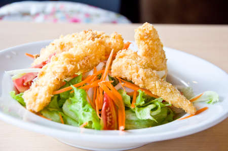 fried fish with salad for healthy eating Stock Photo - 19403378