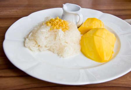 Thai style dessert stricky ricw with mango photo