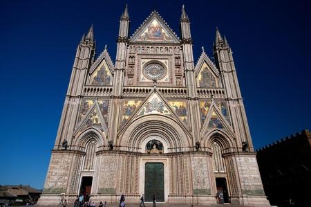 orvieto: Catedral de Orvieto en Umbr�a Foto de archivo