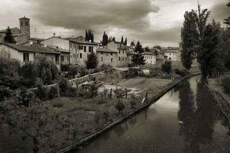 bevagna: The river Clitunno in Bevagna