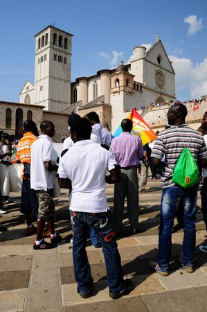assisi: Marching peace in Assisi Editorial