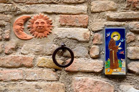 spello: House decorations in Spello