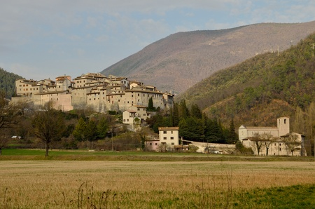 A little village in Valnerina, Umbria Stock Photo - 13119633