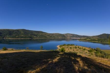 abruzzo: Campotosto lake in Abruzzo Stock Photo