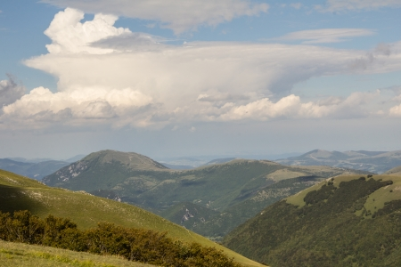 appennino: A dramatic cumulonimbus cloud formation in the umbria appennino.