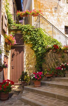 castelluccio di norcia: Flight of steps in Castelluccio di Norcia, Umbria
