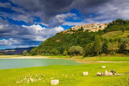 Sassocorvaro village on Mercatale lake