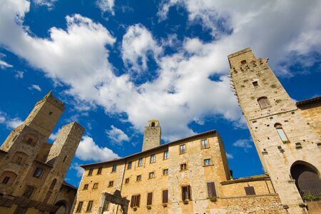 central square: Medieval San Gimignano, central square, Tuscany, Italy