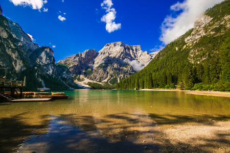 Amazing view of Braies lake in Alto Adige 版權商用圖片