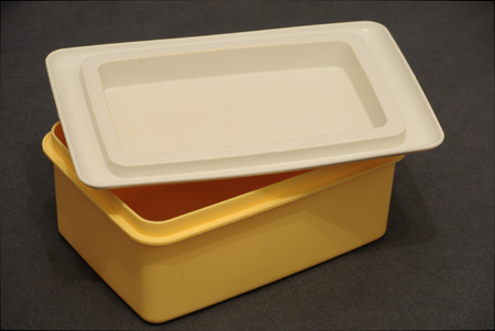 Tupperware butter dish close up